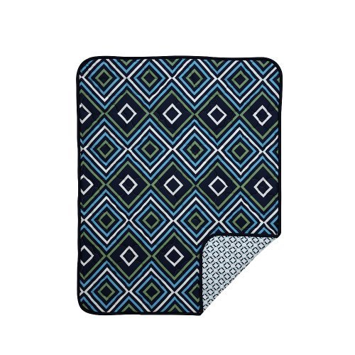 happy-chic-baby-by-jonathan-adler-charlie-chain-link-quilt