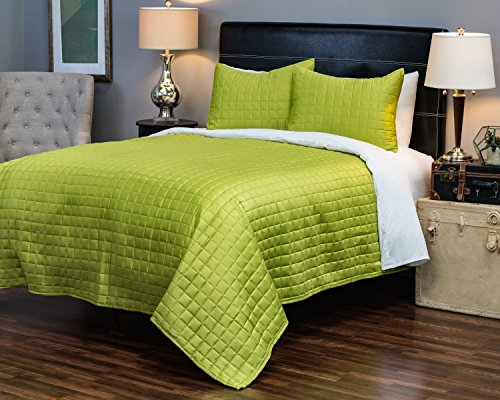 Satin Squares Coverlet (Rizzy Home BT1676 K 3-Piece Quilt Set includes Lime Green King Bedspread and 2 Matching Pillow Shams)
