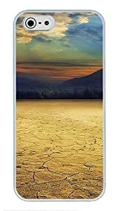 5S Cases, iPhone 5S Protective Case - Cracked Desert High Quality PC Plastic Slim Lightweight Hard Case Cover for iPhone 5/5s White