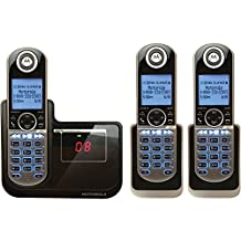Motorola P1003 DECT 6.0 Cordless Phone with 3 Handsets, Digital Answering System and Customizable Color Back Plates