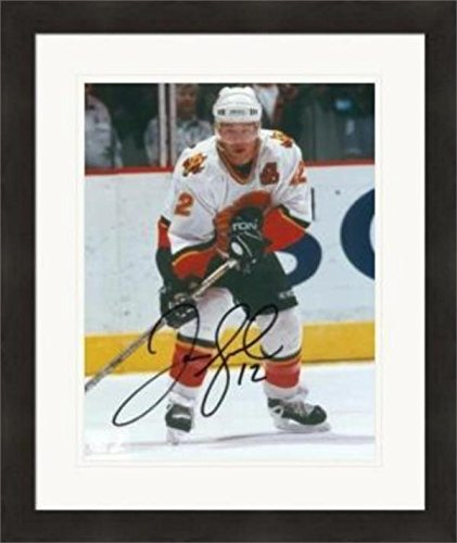 - Signed Iginla Photo - 8x10) #2 Matted & Framed - Autographed NHL Photos