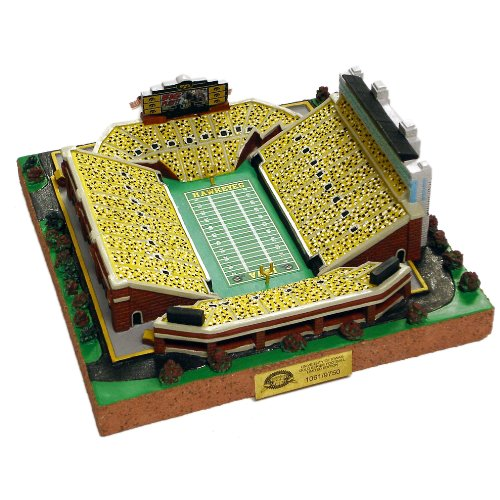 Amazon.com : NCAA 9750 Limited Edition Gold Series Stadium Replica ...