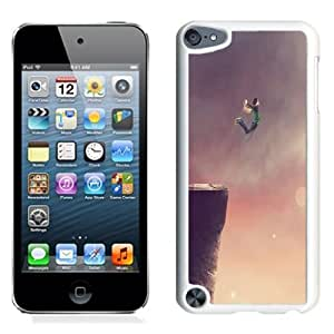 Beautiful Unique Designed iPod Touch 5 Phone Case With Jump Of The Cliff_White Phone Case