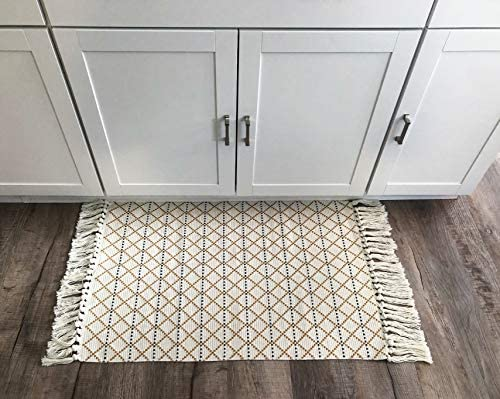 Geometric Diamond Pattern Tassel Rug – 24 x36 Gold Grey White Door Mat for Kitchen Bathroom Front Porch Entry Decor – Layered Welcome Doormats – Modern Geometric Entryway Mats Gold White