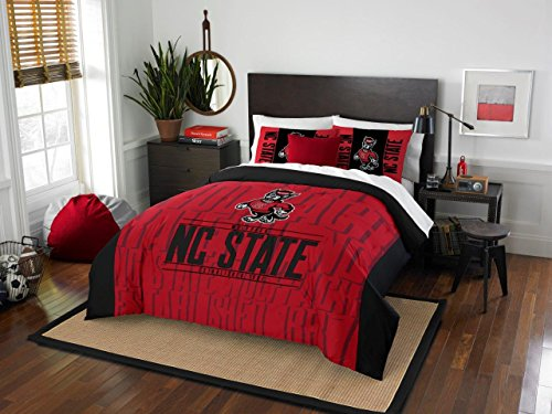 NC State Wolfpack - 3 Piece FULL / QUEEN SIZE Printed Comforter & Shams - Entire Set Includes: 1 Full / Queen Comforter (86