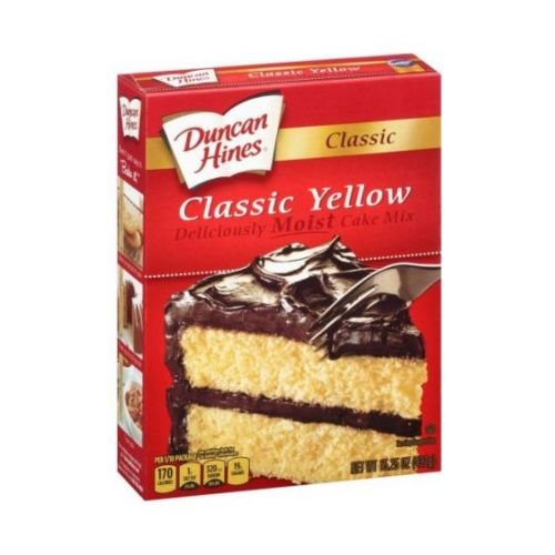Duncan Hines Classic Yellow Cake Mix, 15.25 Ounce - 12 per case.