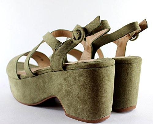 Sandalia con plataforma y tiras cruzadas ,mujer de moda