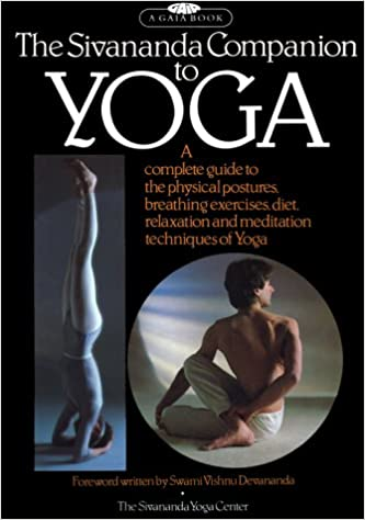 The Sivananda Companion to Yoga: Amazon.es: Lucy Lidell ...