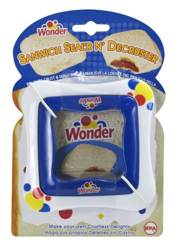 Wonder Sandwich Sealer N Decruster (Colors may vary) from Evriholder