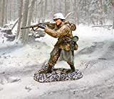 detailed toy soldiers - WWII Toy Soldiers Battle of the Bulge German Bulge Firing Collectors Showcase Toy Soldiers Painted Metal 1/32 CS00630 Britains Thomas Gunn King and Country Type