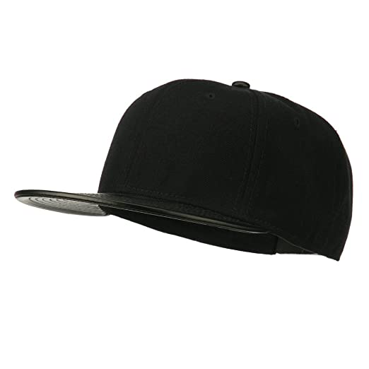 9ba4725645c Otto Caps Leather Flat Bill Snapback Cap - Black Black OSFM at ...