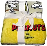 Berkshire Blankets Peanuts 55 in x 70 inThrow Blanket - Comic Strip