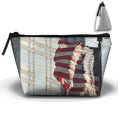 RobotDayUpUP United States Flag Waving On Windy City Womens Travel Cosmetic Bag Portable Toiletry Brush Storage Multipurpose Pen Pencil Bags Accessories Sewing Kit Pouch Makeup Carry Case]()