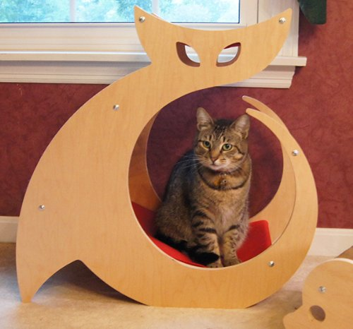 Cat Shaped Scratching Post - As seen on My Cat from Hell