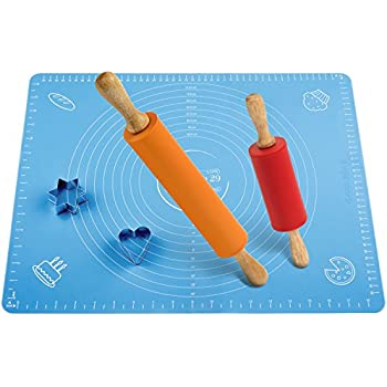 Amazon Com Non Stick Rolling Pin And Pastry Mat Set