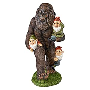Awesome Garden Gnome Statue   Schlepping The Garden Gnomes Bigfoot Statue   Yeti  Statue