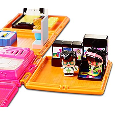 My Mini Mixieqs DWB70 - Neon Arcade Playset - Includes 3 Figures 1 is a Mystery Figure: Toys & Games