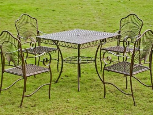 5 Pc Patio Set in Wrought Irons