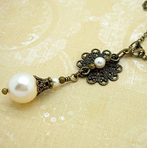 Cream Swarovski Simulated Pearl and Filigree Necklace