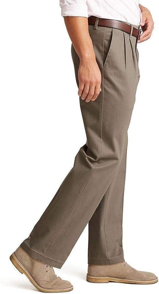 dockers Uomo Classic Fit Signature Khaki Lux Pantaloni pieghettati in Cotone Elasticizzato Pantaloni Casual