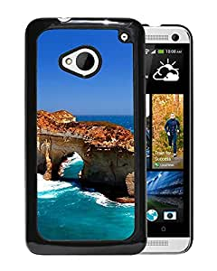New Beautiful Custom Designed Cover Case For HTC ONE M7 With Rugged Sea Phone Case