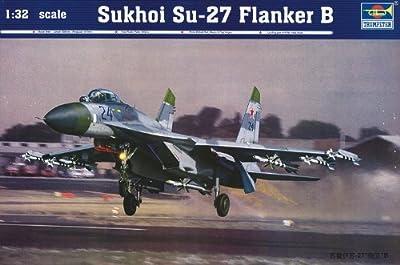 Trumpeter 1/32 Sukhoi Su27 Flanker B Fighter