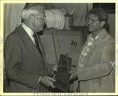 Vintage Photos 1980 Press Photo Institute of Texas Culture receives New Branding Iron, Texas ()