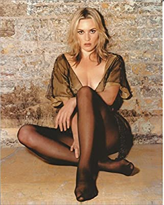 Kate Winslet Sexy Promo Photo Crossed Legs On Floor 004