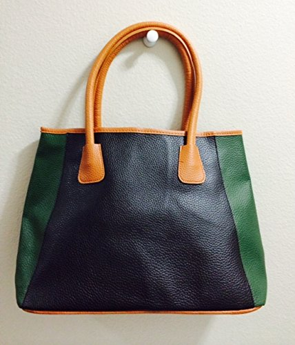 Neiman Marcus Fall Beauty Even Bag   Black And Green
