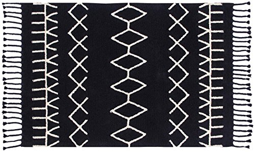 Lorena Canals Bereber Black/ White 4' 8'' x 6' 7'' Washable Rug by Lorena Canals (Image #1)