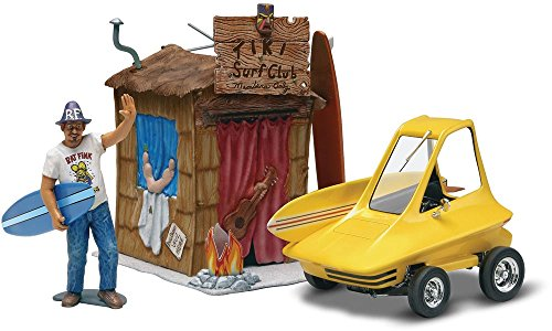 (Revell/Monogram Ed Roth Surfite with Figure Model)