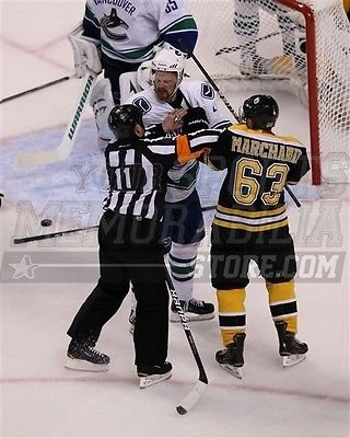 Amazon.com  Brad Marchand Boston Bruins Rabbit Punches Sedin Cup ... 0ecf78bd6