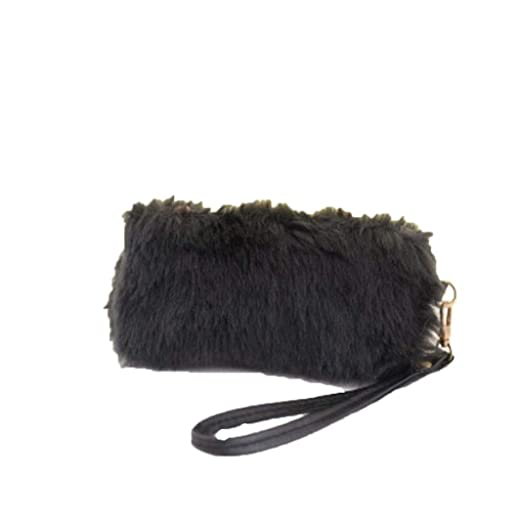cb3b0b9167e2 Amazon.com  Hunputa New Hot Rabbit Fur Women Handbag Plush Crossbody Shoulder  Bag Tote Bag Purse Wallet (Black)  Clothing