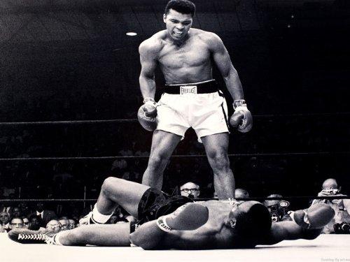 (D5669 Muhammad Ali vs Sonny Liston BW Boxing Sport 32x24 POSTER)