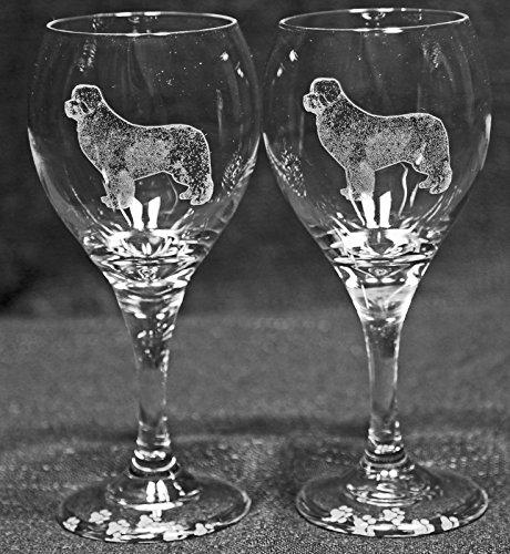 Muddy Creek Reflection Newfoundland Dog Laser Etched Wine Glass Set (2, TDW)