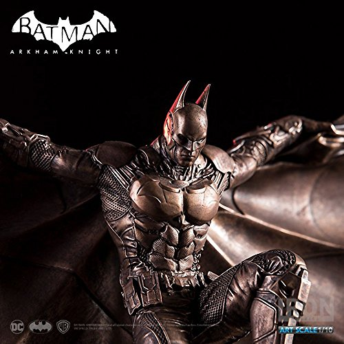 Bronze Studio (Batman [SDCC 2017 Bronze Color Ver.]: ~10.3