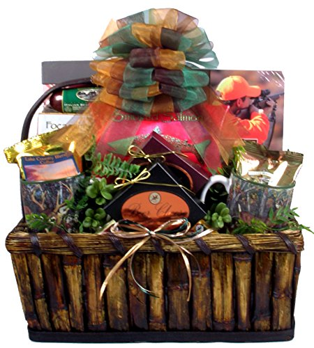 Gift Basket Village Deluxe Hunting for Hunters, 12 Pound (Outdoor Gift Basket)
