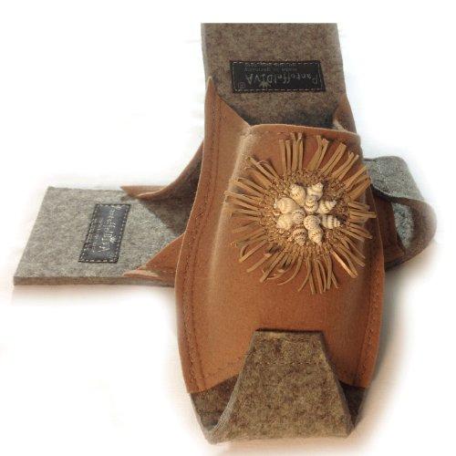 Muscheln - Damenpantoffel in Camel mit Muschel Applikation, Unisex Größe 38-42