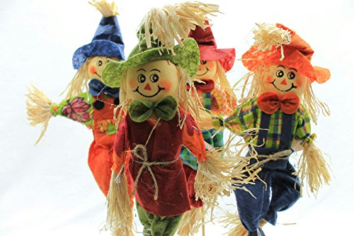 4 Count Smiling Raffia Scarecrows on Stakes ()