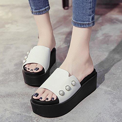 RUGAI-UE Llevar zapatillas Verano Mujer remaches inferior grueso High-Heeled zapatos zapatillas White