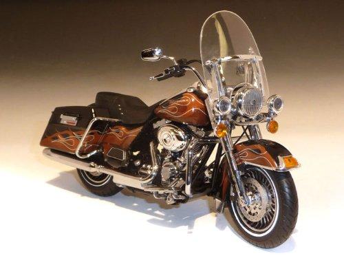 ダイキャスト バイク 2011 ハーレーダビッドソン FLHRC Road King Vaquero Color Shop 1/12