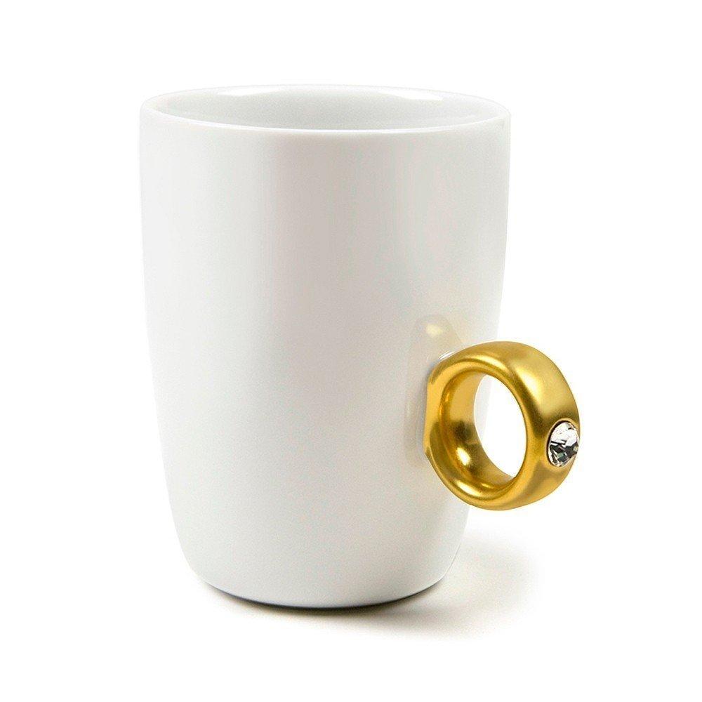 Happyliya Solitaire Ring Mug 2-carat CUP Gold by HAPPYLIYA