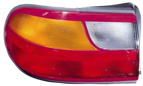 - Chevy Malibu 97-05 Right Rh Rear Brake Taillight Taillamp Lens & Housing