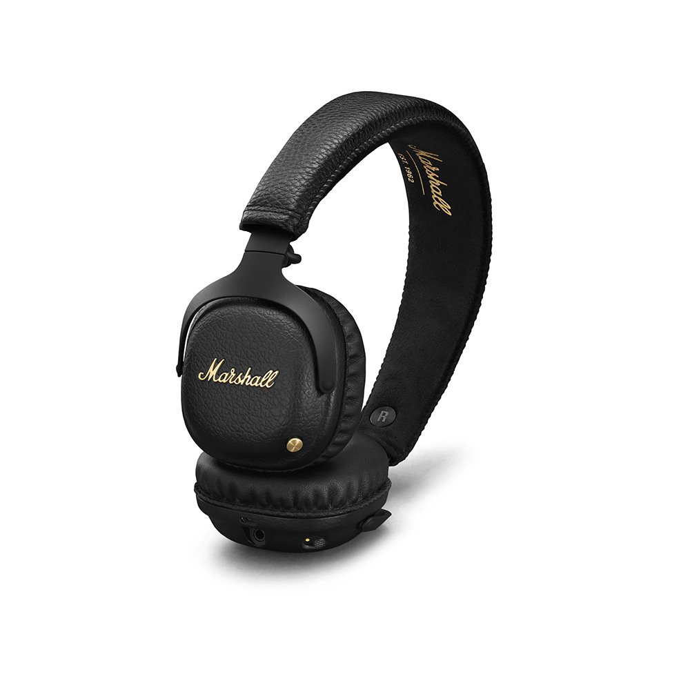 Noise Cancelling Over Ear Wireless Bluetooth Headphone.