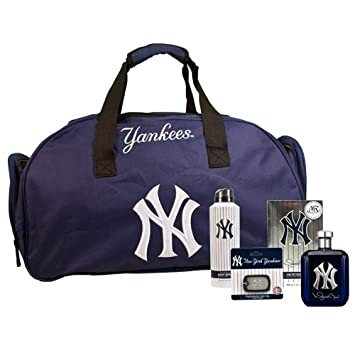 New York Yankee Autographed Mariano Rivera Limited Edition Exclusive Fragrance Package