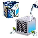 O Mini Ar Condicionado Portátil Arctic Air Cooler Umidificador Climatizador com Luz de Led é para uso pessoal. Com potencia de 10W. Luzes led RGB. Com 3 níveis de ventilação. Resfria, purifica, ventila e umidifica o ambiente. Duração da bateria de...