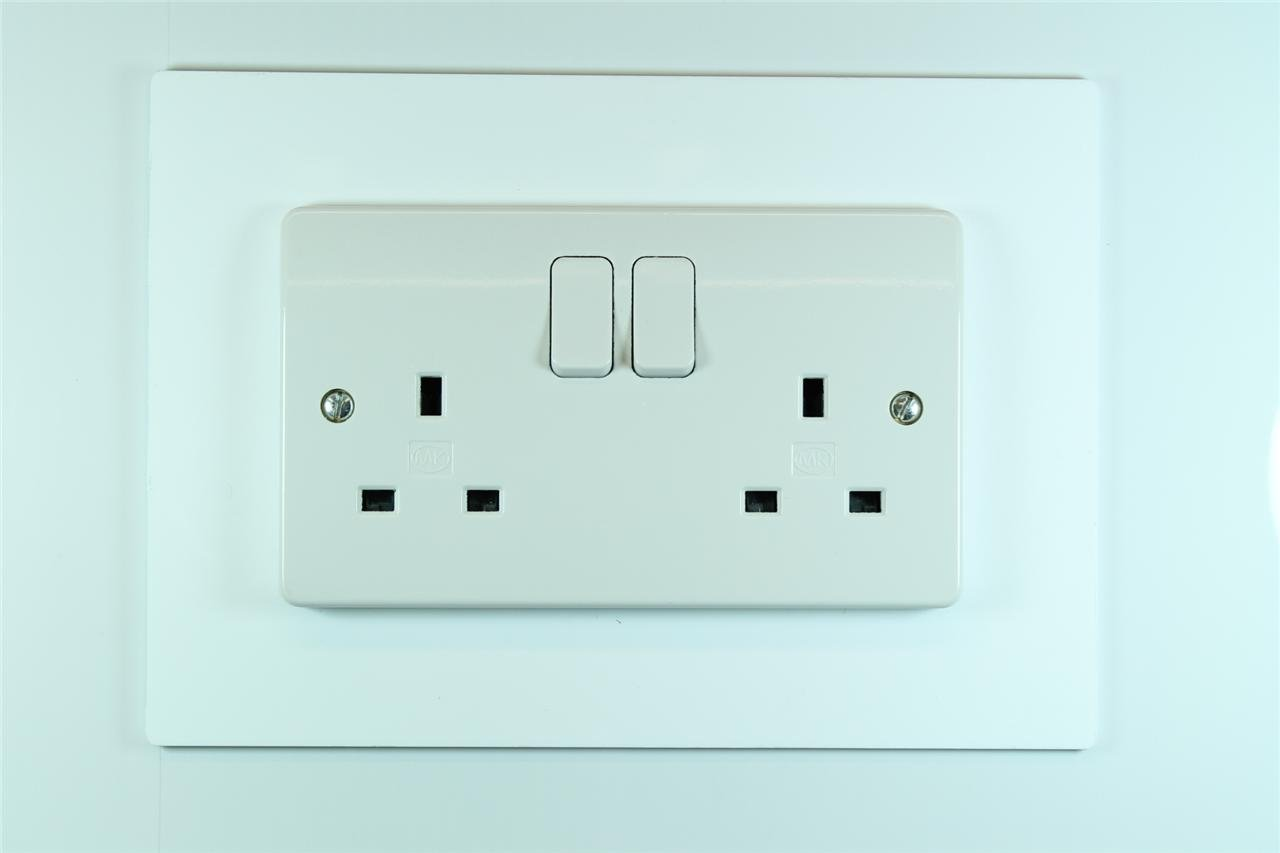 Classikool Plug Socket & Light Switch Surrounds - 9 Colour Choices ...