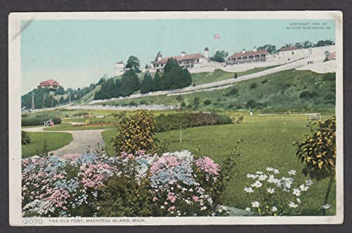The Old Fort Mackinac Island MI postcard 1910s