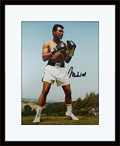 Framed Muhammad Ali Autograph with Certificate of Authenticity ()