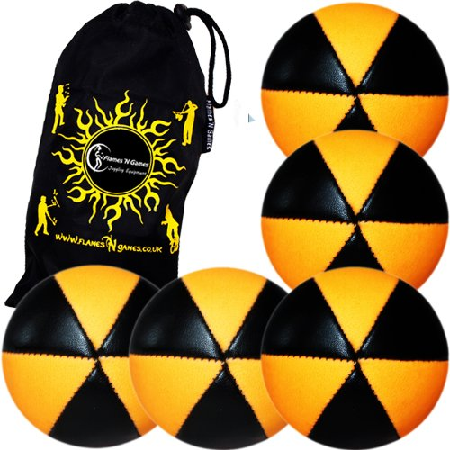 5 Balles de Jonglage ASTRIX UV - PRO Jonglerie Beanbag Jonglage Balles Leather + Sac de transport. (Noir/UV Orange) Flames N Games